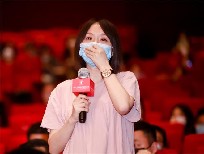 《出拳吧,妈妈》上影节首映 谭卓演技感动观众