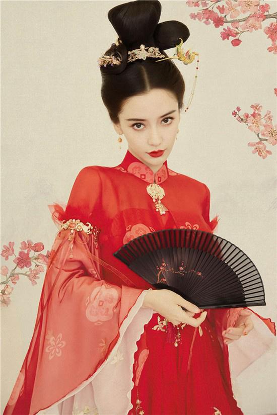 Angelababy古风红裙造型曝光 化身古典优雅美人
