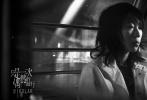 由新锐导演李孟桥指导,窦靖童领衔主演,贺开朗主演,王志文、田壮壮、巴金旺甲、央吉玛、张大大、项偞婧特别出演的怪奇公路电影《只是一次偶然的旅行》已正式登陆全国院线。