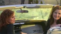 美国电影《末路狂花》上映30周年 主创重现经典画面