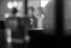 """7月12日,周迅以品牌形象大使的身份出席时尚活动,身穿该品牌""""女士城堡""""高级手工坊系列服装,演绎出浓郁的文艺复兴与浪漫主义风格,针织套装温柔缱绻,高马尾造型满满少女感,轻柔迷蒙间,自带氛围感。"""