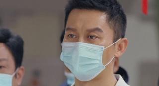 """《中国医生》群像不足之处 李晨的角色像""""工具人"""""""