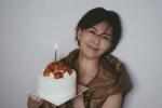 孙燕姿发文为自己庆祝生日 手捧蛋糕出镜笑容甜美