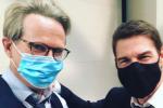 《碟中谍7》曝艾尔维斯杀青照 阿汤哥戴口罩现身