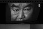 7月25日,第15届FIRST青年电影展在青海西宁拉开帷幕,一组由摄影师黎晓亮操刀的电影人影像同步曝光。从局部到整体,从抽象到具象,主观与客观镜头在电影人彼此的对望中交错与融合。