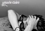 7月26日,王嘉尔成为《嘉人MarieClaire》8月刊封面人物大片发布。早秋的温柔T恤毛衫,造型简单与夏末的清凉背心形成反差。别致金属创可贴,复古黑框眼镜、各种时尚单品完美驾驭,充满力量感的背肌和手臂线条,宽肩窄腰令人无限遐想,酷拽有型。  