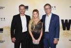当地时间2021年7月26日,电影《静水城》(Stillwater)在美国纽约举行首映礼。导演汤姆·麦卡锡携主演马特·达蒙、克里斯托弗·米洛尼、达纳·德拉尼、宝琳娜·普瑞斯科娃、阿比盖尔·布兰斯林、杰森·布朗姆、安娜索菲亚·罗伯亮相。