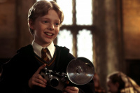 哈利·波特头号迷弟科林 长大后真成为型男摄影师