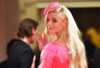 当地时间9月4日,电影《Soho区惊魂夜》在第78届威尼斯电影节举行首映。导演埃德加·赖特、编剧克里斯蒂·威尔逊-凯恩斯、演员安雅·泰勒-乔伊、马特·史密斯、辛西娅·艾莉佛等现身。