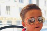 周杰伦4岁儿子正脸照曝光 神态下巴像极了爸爸!