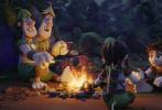 """年度冒险喜剧动画电影《山海经之小人国》发布终极预告,周饶小王子锤木与一众小伙伴踏上前路未卜的""""救父之旅"""",而随着锤木一行的冒险展开,神话故事中的神秘小人国也逐渐展现出新奇壮阔的全貌,令人更加期待9月19日大银幕的正式相见。"""