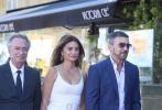 当地时间9月17日,电影《主竞赛》第69届圣塞巴斯蒂安电影节举行首映,佩内洛普·克鲁兹、安东尼奥·班德拉斯、奥斯卡·马丁内兹等亮相。