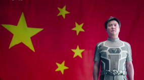 """电影《我和我的父辈》在京首映 """"祖国""""""""家乡""""总导演点赞影片"""