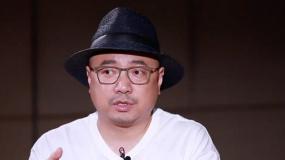 《我和我的父辈》热映 导演徐峥揭秘《鸭先知》篇诞生记