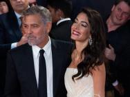 乔治·克鲁尼爱妻现身伦敦电影节 美貌不输女明星
