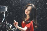 绝!佟丽娅出演张杰MV 穿红裙雪中起舞唯美浪漫
