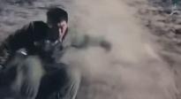 《长津湖》独家片场 记录朱亚文滚山坡画面