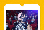 """10月13日,电影《五个扑水的少年》全国路演进行中,导演宋灏霖、主演李孝谦来到济南与影迷朋友见面。路演现场赞美不停,有观众表示:""""作为一部青春片,看到主演们愿意为了角色扮丑很惊喜,这很普通人的青春!"""""""
