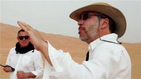 """《沙丘》发布""""大银幕情书""""特辑 看导演如何改编经典科幻小说"""